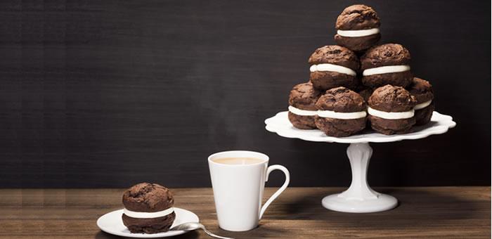 chocolate-whoopie-pie top