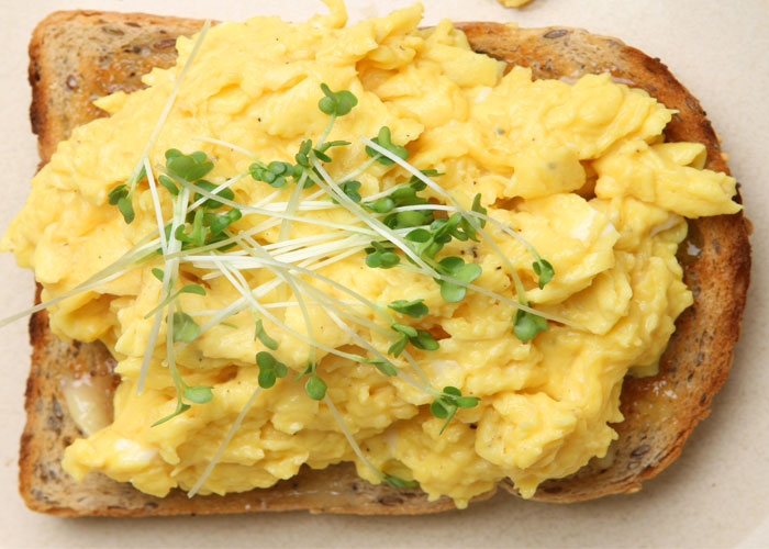 SCRAMBLED EGGS central13 27 09 2017